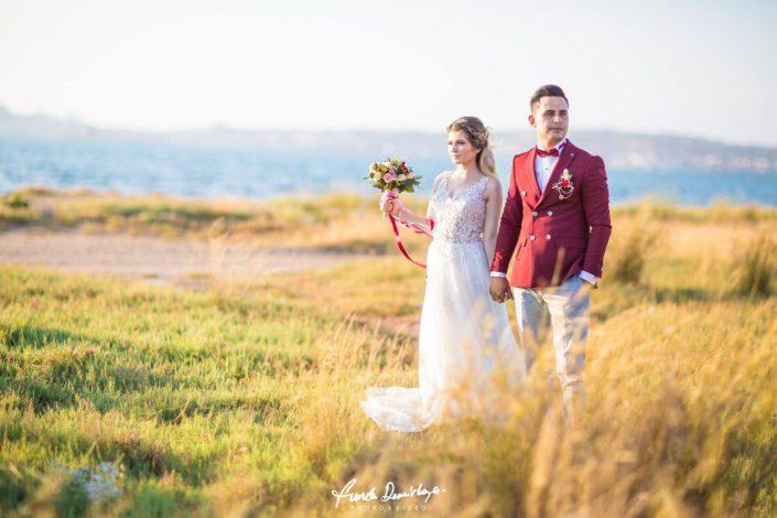 yasemin ve burak ayvalık cunda edremit balıkesir dış mekan doğa düğün fotoğraf çekimi (9)